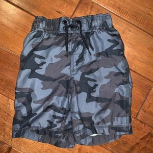 EUC Gap Kids Gray Black Camo Bathing Suit
